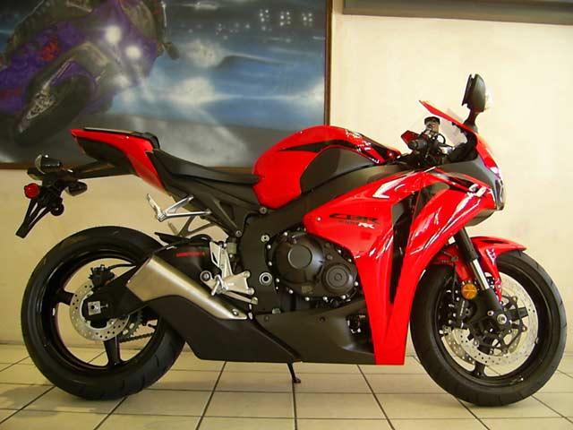 2008 honda cbr1000rr in red black photo by bikefinder co za
