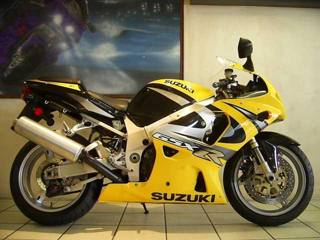 2002 Suzuki GSXR750 K2 - Photo by BikeFinder co za